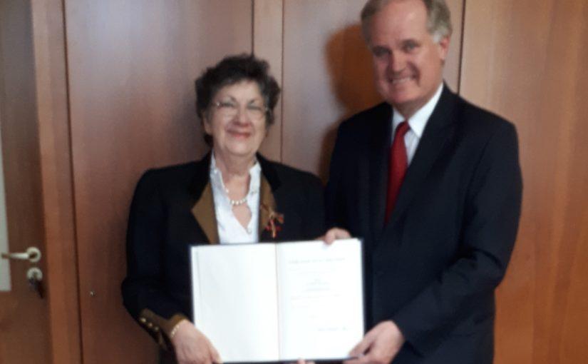 Bundesverdienstkreuz für Freundin Astrid Wenzke