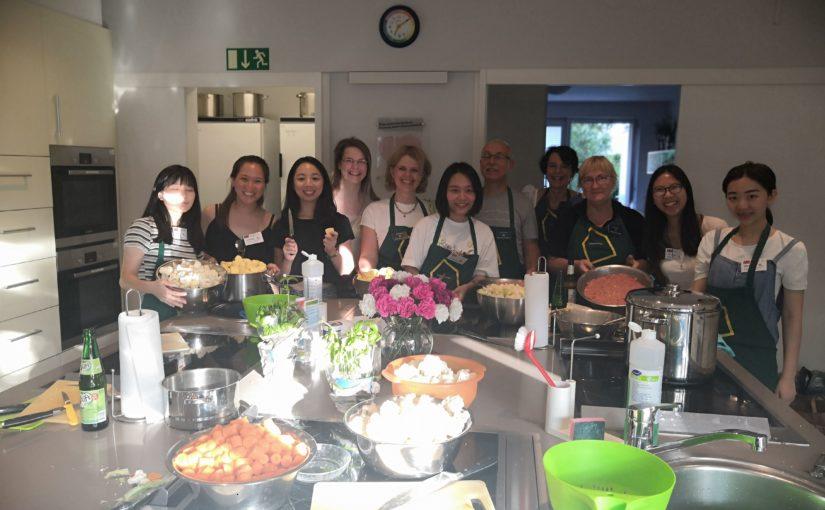 NGSE-Gruppe aus Taiwan kocht für 40 Personen