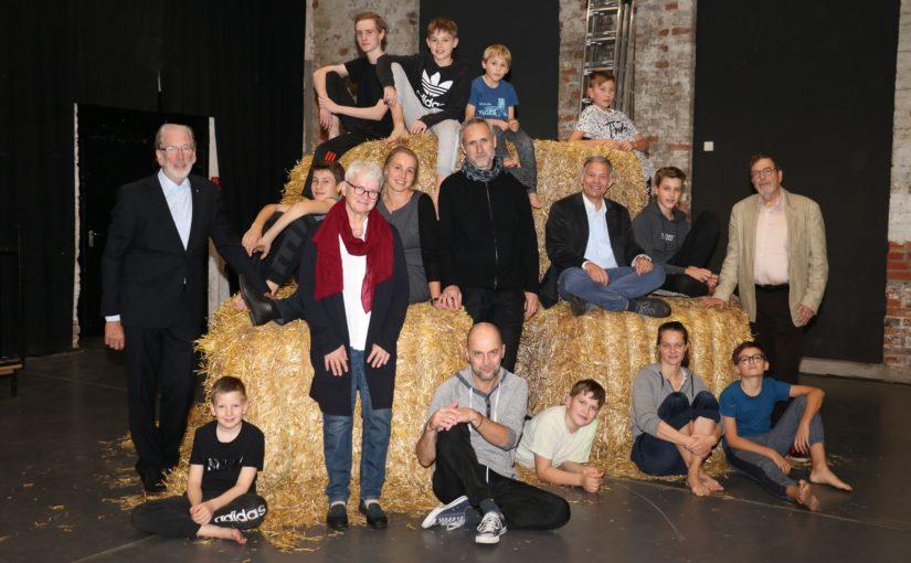 Gemeinsame Spende von Rotary und Lions rettet Premiere